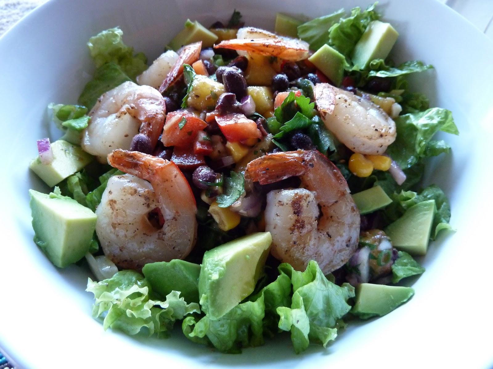 Shrimp and Black Bean Mango Salsa Salad www.kindred-kitchen.com