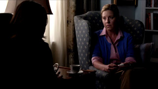 Pretty Little Liars S04E10. The Mirror Has Three Faces