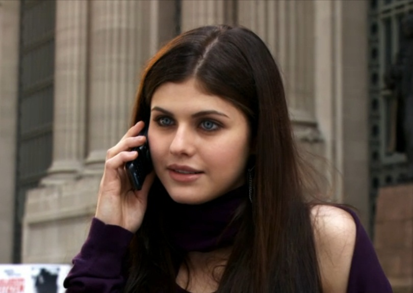 Alexandra Daddario Parenthood Images & Pictures - Becuo