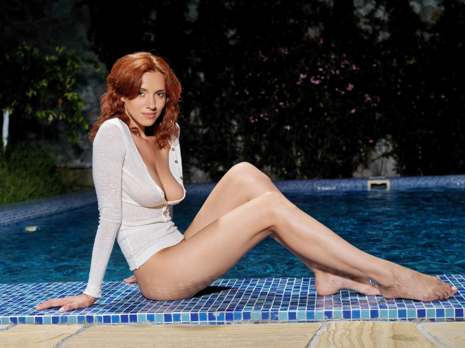 sexy milf naked fucked bathing