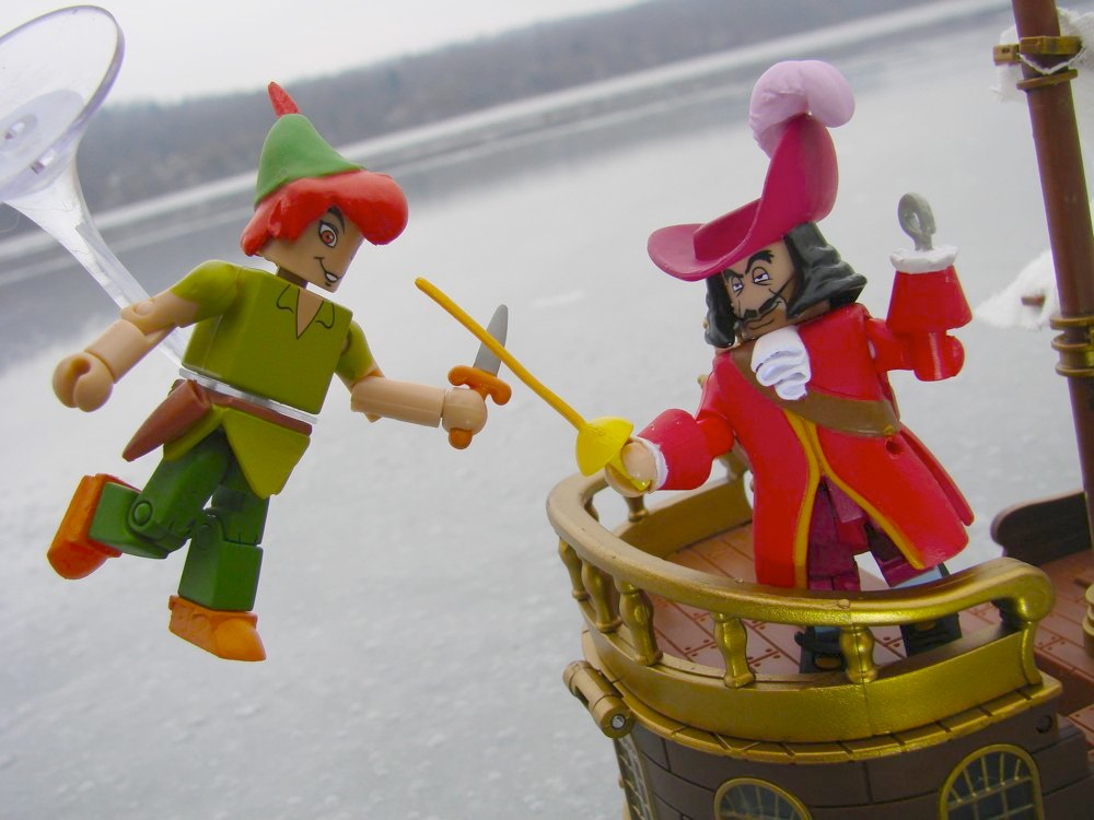Peter Pan Toys : That figures news diamond select toys to release peter