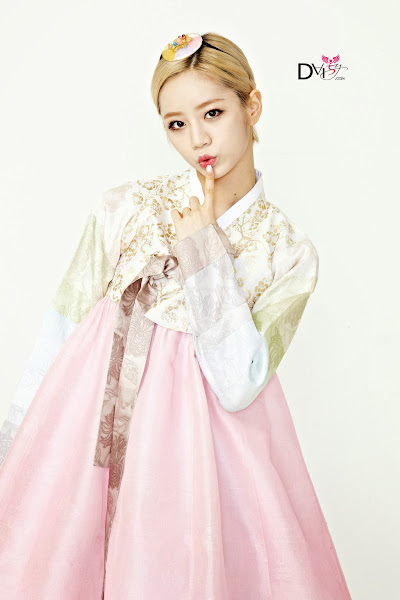Girls Day Hyeri Lunar 2014 Hanbok