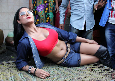 Veena Malik Hot photos at Kamathipura 004 Veena Malik hot Photoshoot at Kamathipura