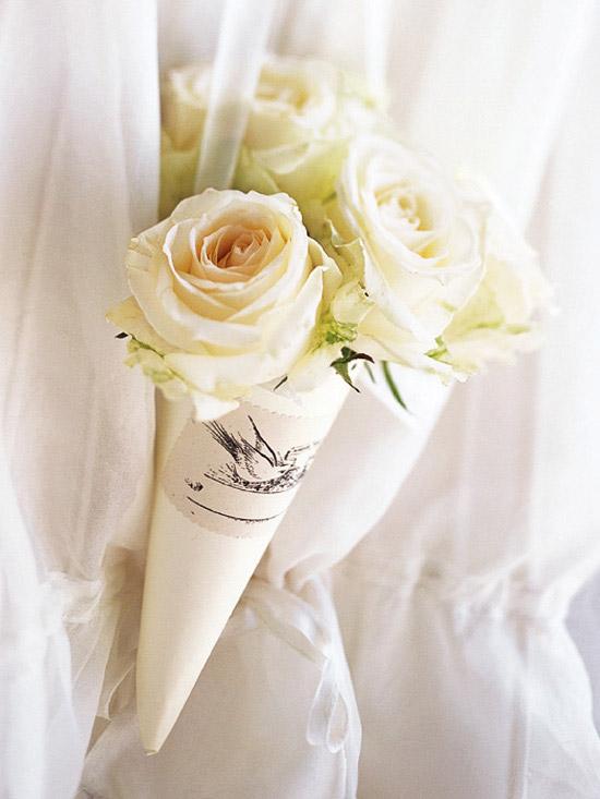 THINGS SHE LOVES Pittsburgh Wedding Planner Flower Cones