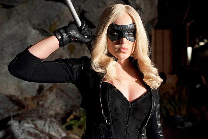 VANCOUVER FILM. NET: Superhero Crossover: Crisis On Earth X