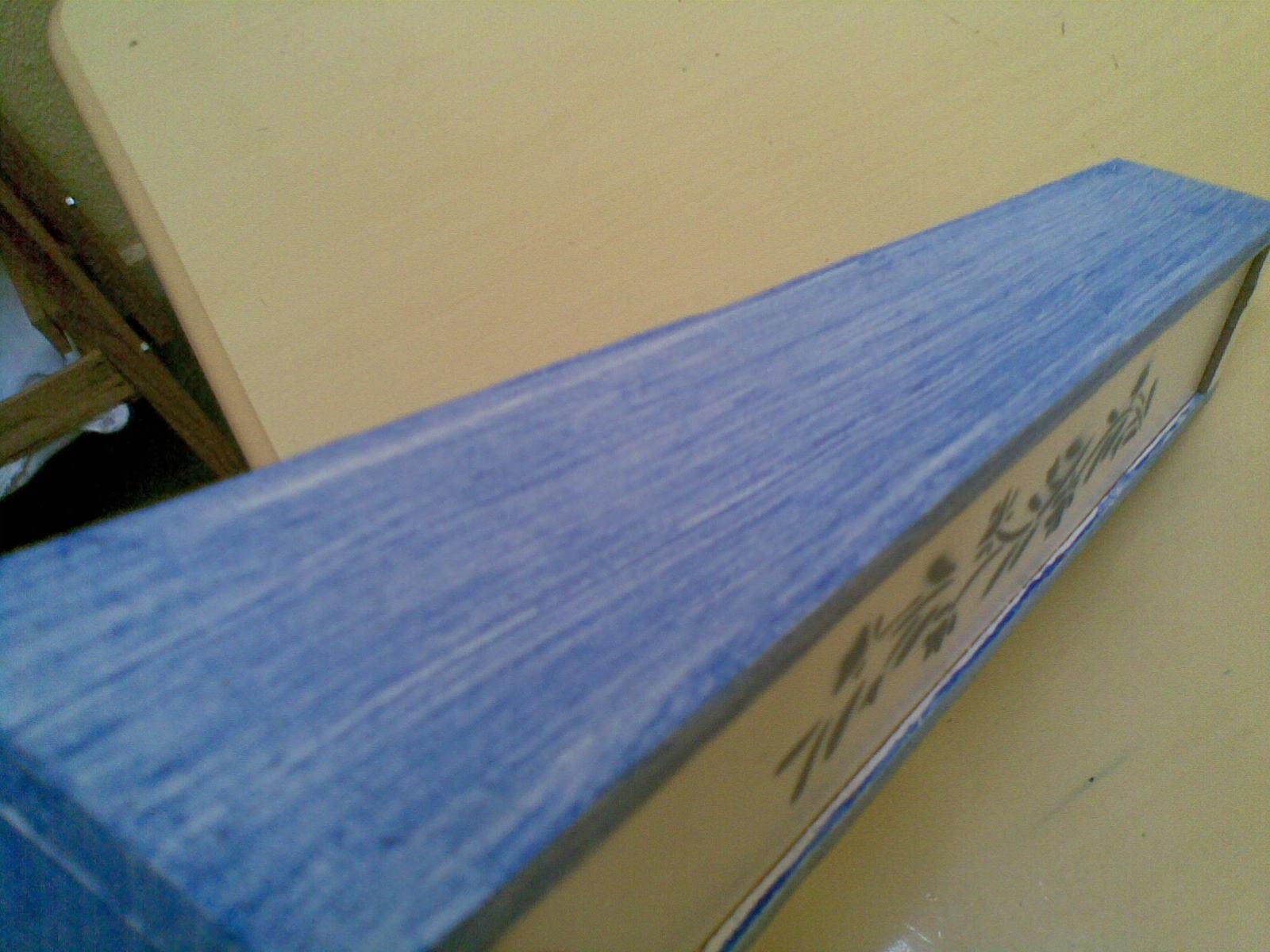 madeira usada é um tanto rústica achei melhor usar a técnica de  #1C466C 1600x1200