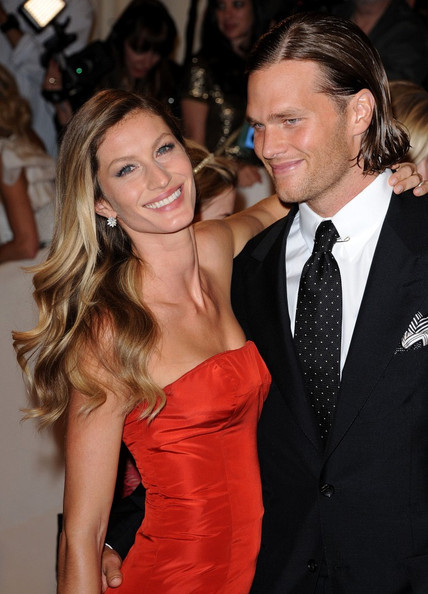 """Gisele Bundchen at the """"Alexander McQueen: Savage Beauty"""" Costume Institute Gala held at The Metropolitan Museum of Art on May 2, 2011 in New York City."""