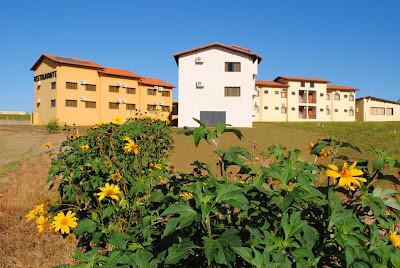 Fachada do Hotel Catavento vista da fazenda