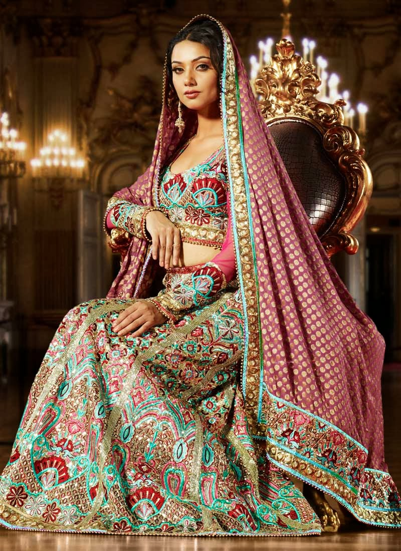 Best traditional indian bridal outfits super creative blog for Wedding bridal dresses indian