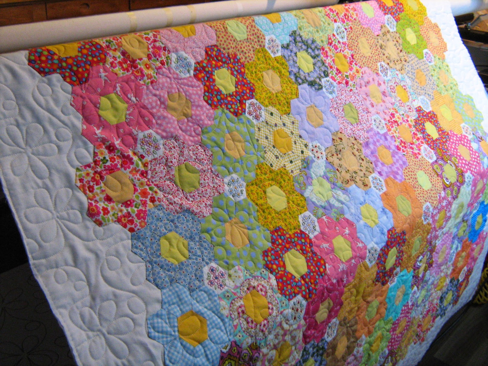 Inch By Inch Quilting Grandmother S Flower Garden Quilt