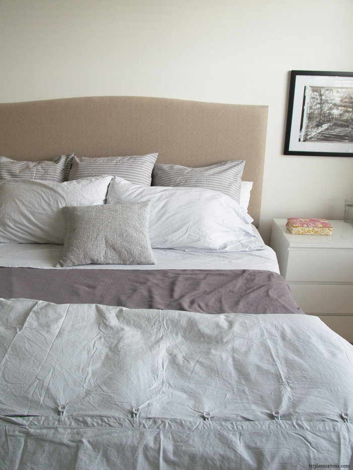 Stunning DIY Upholstered Headboard Tutorial 700 x 933 · 570 kB · jpeg