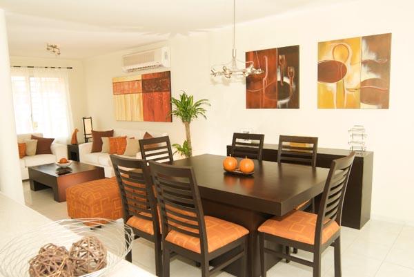 Casas en venta y departamentos casa muestra adosada for Decoracion casa adosada
