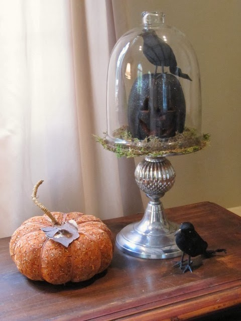 Sew Many Ways: Inexpensive Halloween Decor - Cheap Ways To Decorate For Halloween