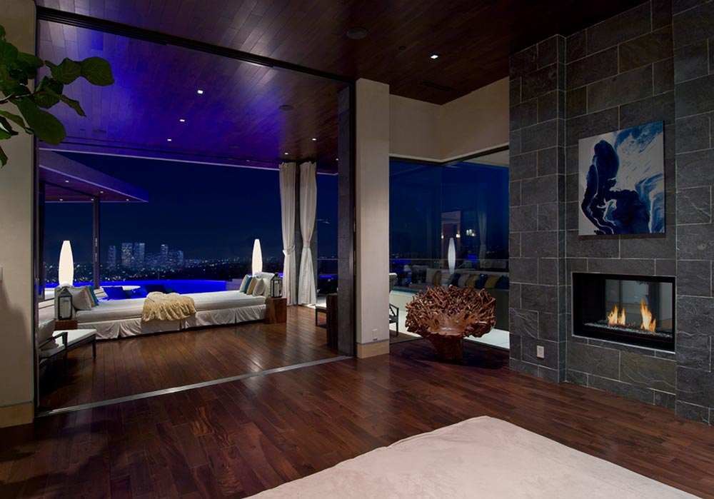World of architecture luxury modern villa on the blue jay for Home designers los angeles