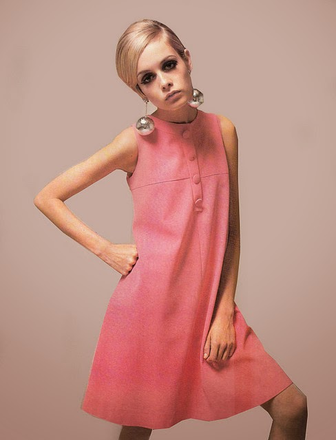 Twiggy in mod pink