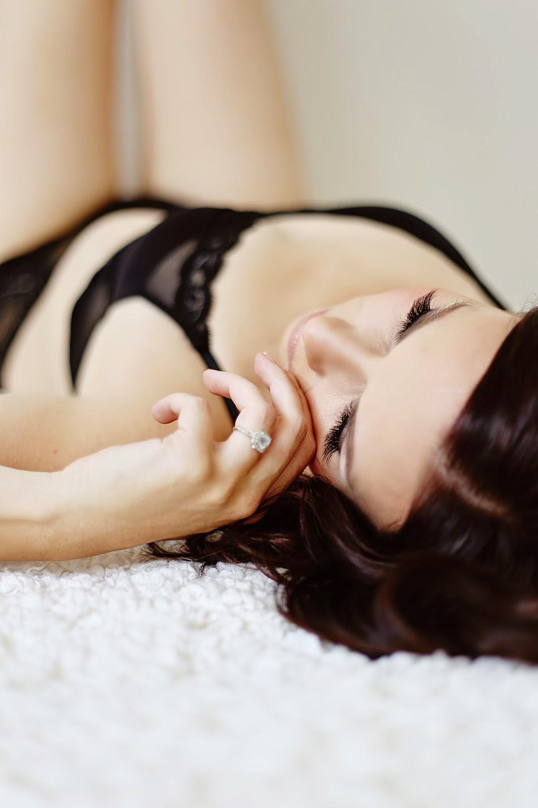 portland boudoir, gresham boudoir, oregon boudoir photographer, reveal, boudoir, powder inc, hair, makeup, natural light studio, jenn pacurar, nicole wagner, lingerie, sexy, beautiful