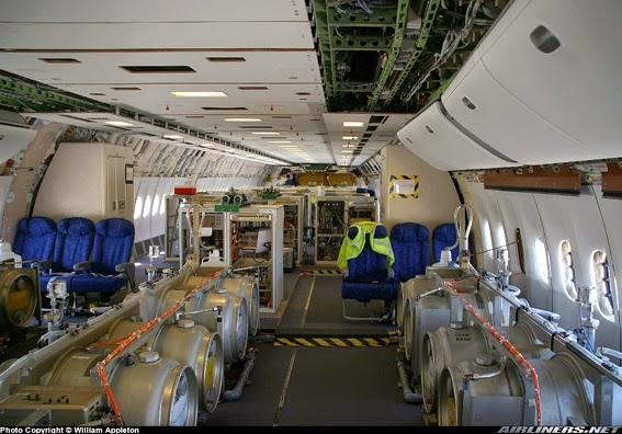 [Imagem: Scie+chimiche+aereo+1+Photos+567+col+liv...164708.jpg]