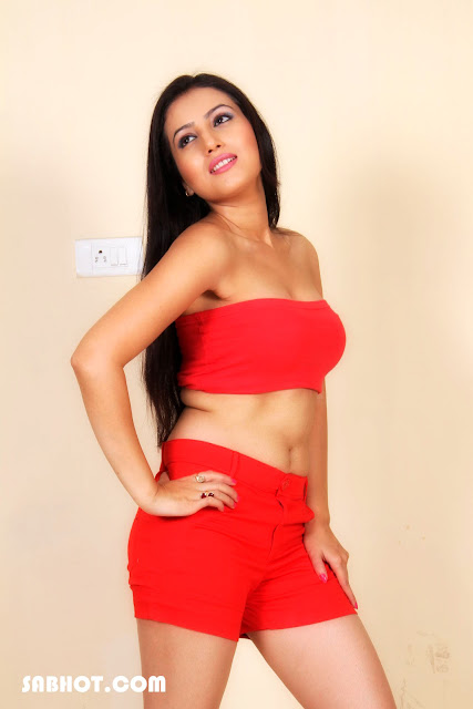 Anu Smrithi photo shoot