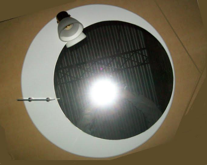 Mobilack espejo circular con tulipa y repiza for Espejo circular