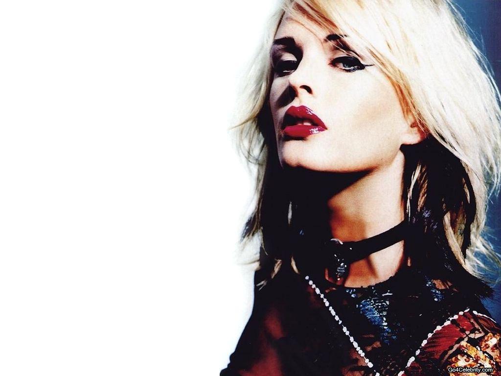 http://2.bp.blogspot.com/-Qc1FyXGOuPI/T61Klf3HjlI/AAAAAAAAF-U/4etsueEmY7E/s1600/Kylie-Bax-002.jpg