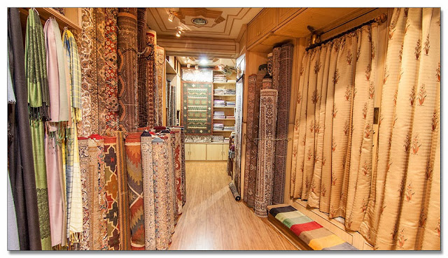 Rugs and Carpets showroom in Mumbai - World Trade Centre