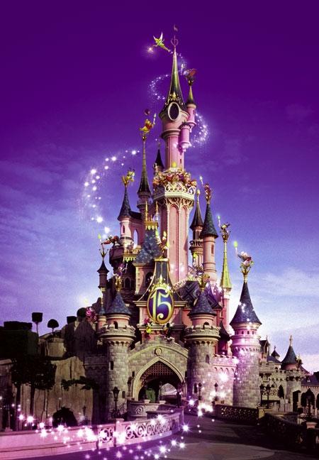 Disneyland Paris: volo, soggiorno e ingresso gratuito per tutti i ...
