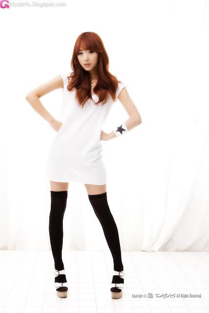 2 Minah in Black and White-Very cute asian girl - girlcute4u.blogspot.com