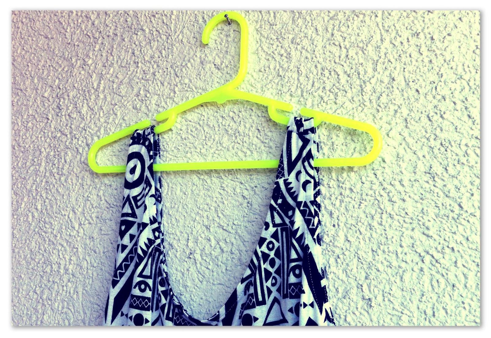 Mi l closet dato colgadores de ropa un mundo por descubrir - Colgador de camisas ...