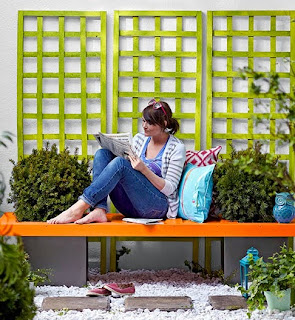 http://www.guiademanualidades.com/banco-para-jardin-con-una-puerta-32567.htm#more-32567