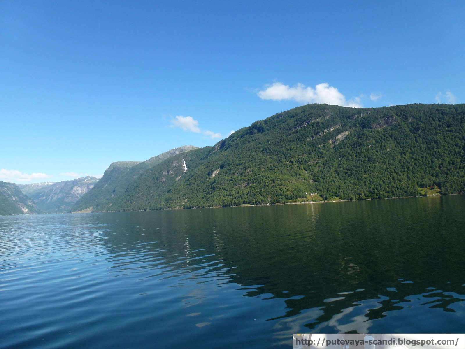 воды Хардангер-фьорда