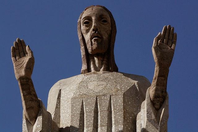 Las 17 estatuas de Cristo más altas del mundo
