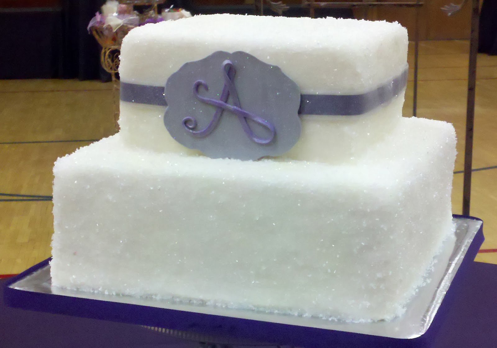 Eat My Sister\'s Cakes: Glitzy Wedding cake