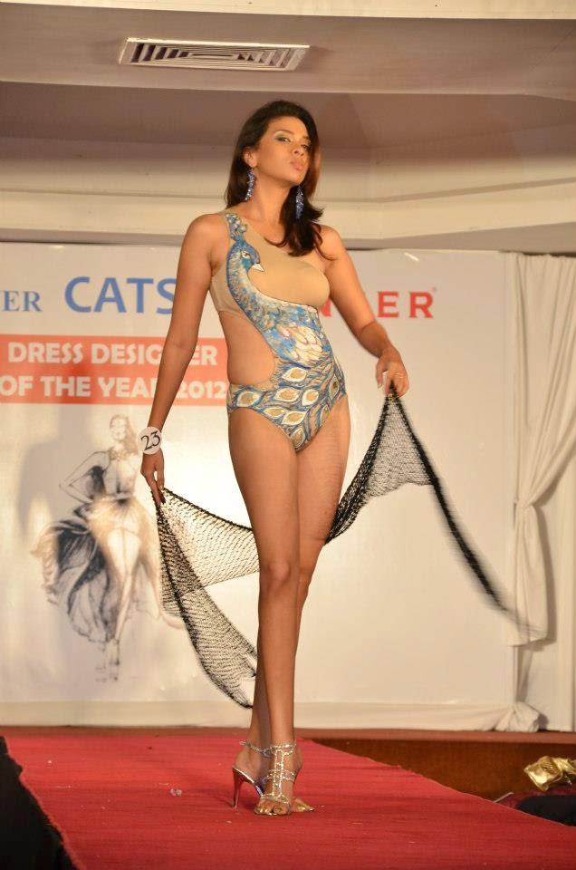 sl bikini model