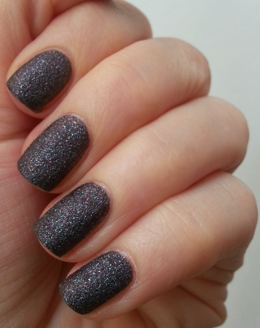Line Texture On Nails : Pie s eyes other sparkly stories maybelline