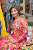 anjali latest glamorous photo gallery-thumbnail-13