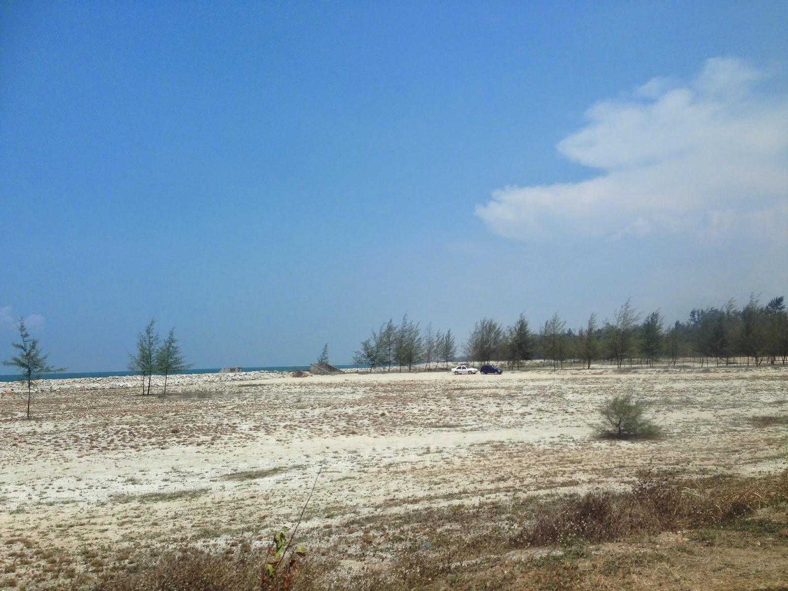 Pantai Teluk Ketapang