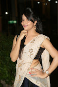 Anasuya sizzling photos in saree-thumbnail-4