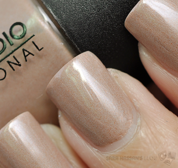 Color Studio Pro Nail Color - Mocha