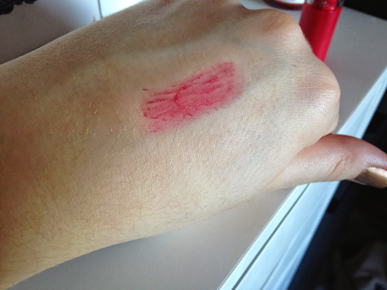 Essence Lipstick in 44 Almost Famous Swatch