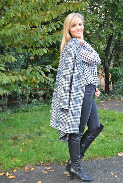 stivali al ginocchio come abbinare gli stivali al ginocchio abbinamenti stivali al ginocchio stivali danilo di lea scarpe made in italy stivali in pelle nera stivali inverno 2015 2016 mariafelicia magno fashion blogger colorblock by felym fashion blog italiani fashion blogger italiane blogger italiane fashion blogger bergamo fashion blogger milano outfit invernali outfit novembre over the knee boots how to wear over the knee boots how to combine over the knee boots over the knee outfit street style fashion bloggers italy winter boots street style black leather boots fall outfit winter outfit