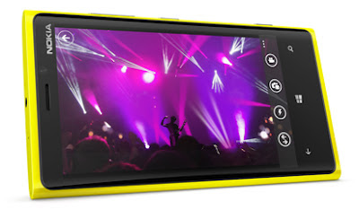 Nokia Lumia 920 - Peneraju Inovasi Telefon Pintar