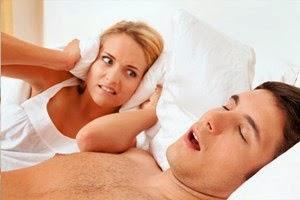 5 Cara Menghilangkan Kebiasaan Tidur Mendengkur