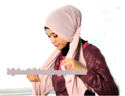 Tutorial Hijab Untuk Ke Kantor yang Elegan | Informasi Online Terbaru