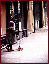 Petite fille parisienne - merci Vicki!