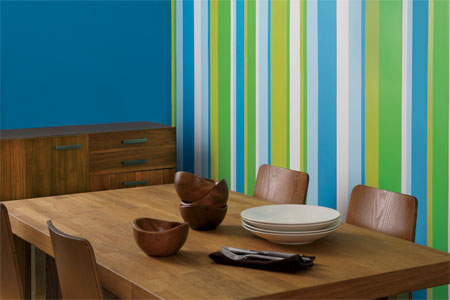 Design garage make your space feel larger use vertical lines for Painting lines on walls