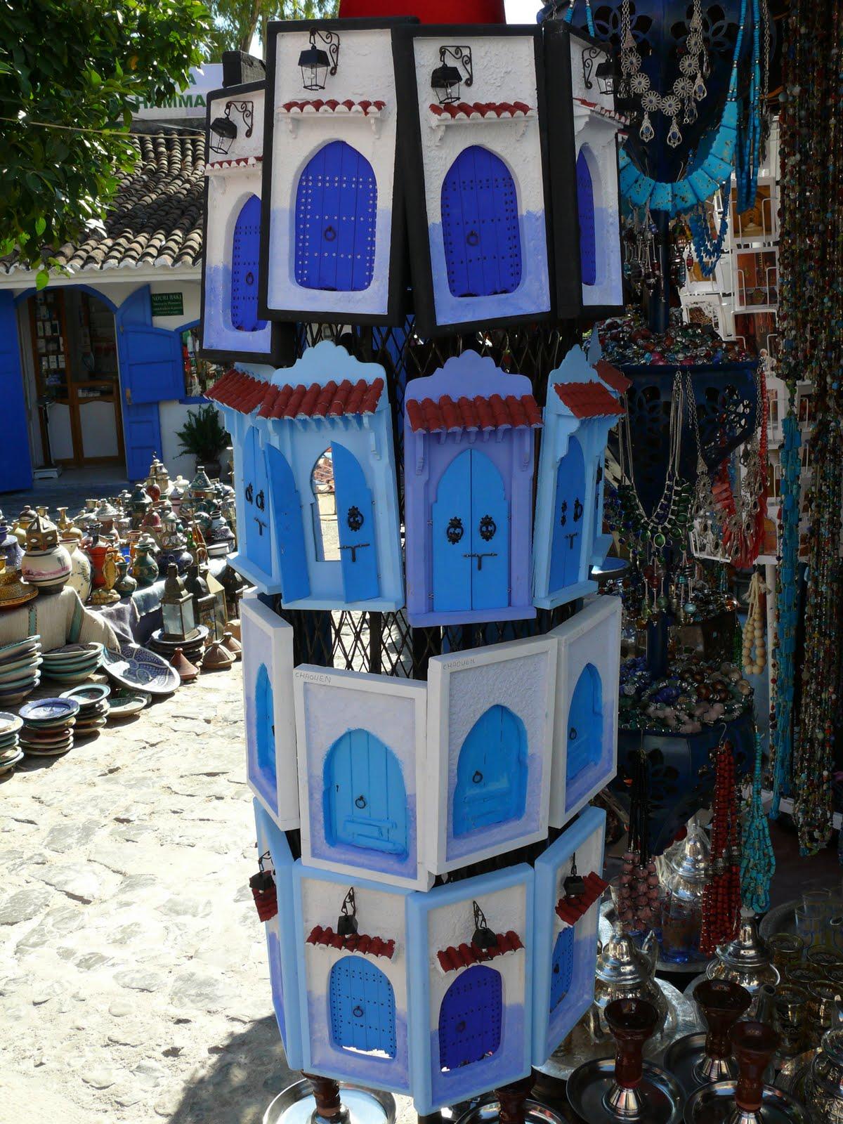 El bazar de la ret rica puertas y ventanas azules de for Bazar la iberica