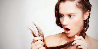 Merawat dan mengobati rambut patah dan bercabang