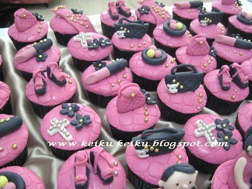 Keiku Cake Fuschia Black And Golden Birthday Cupcakes