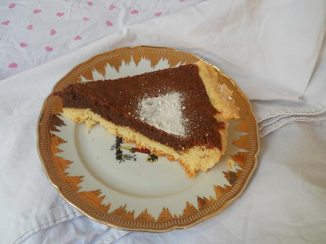 crostata al cioccolato profumata alle mandorle
