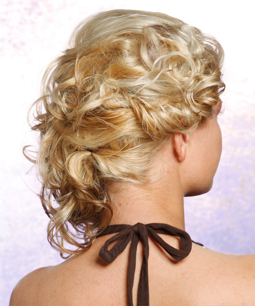 The 10 Hottest Prom Hairstyle Trends - LiveAbout